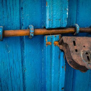 door-1587863-1920.jpg